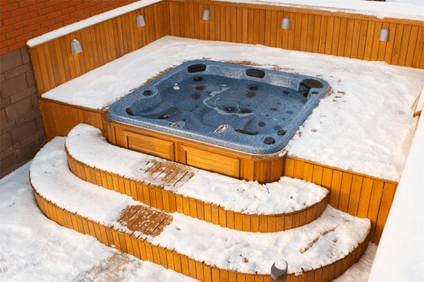arctic-spas-hot-tub-sunk-in-deck